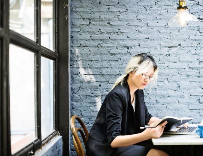asian-businesswoman-laptop-planning-strategy-PQFT2HE@2x.jpg